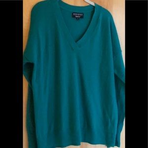 Banana Republic green v-neck merino wool sweater